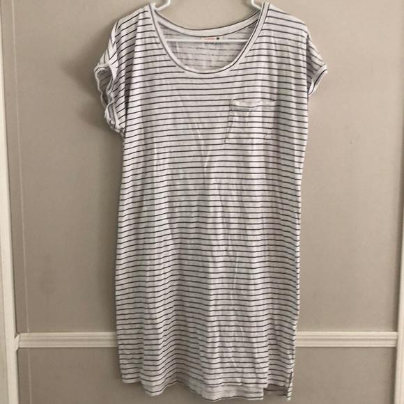 2d8f2f69bdcc0 Sundry Dresses   Tshirt Striped Dress Size 3   Poshmark
